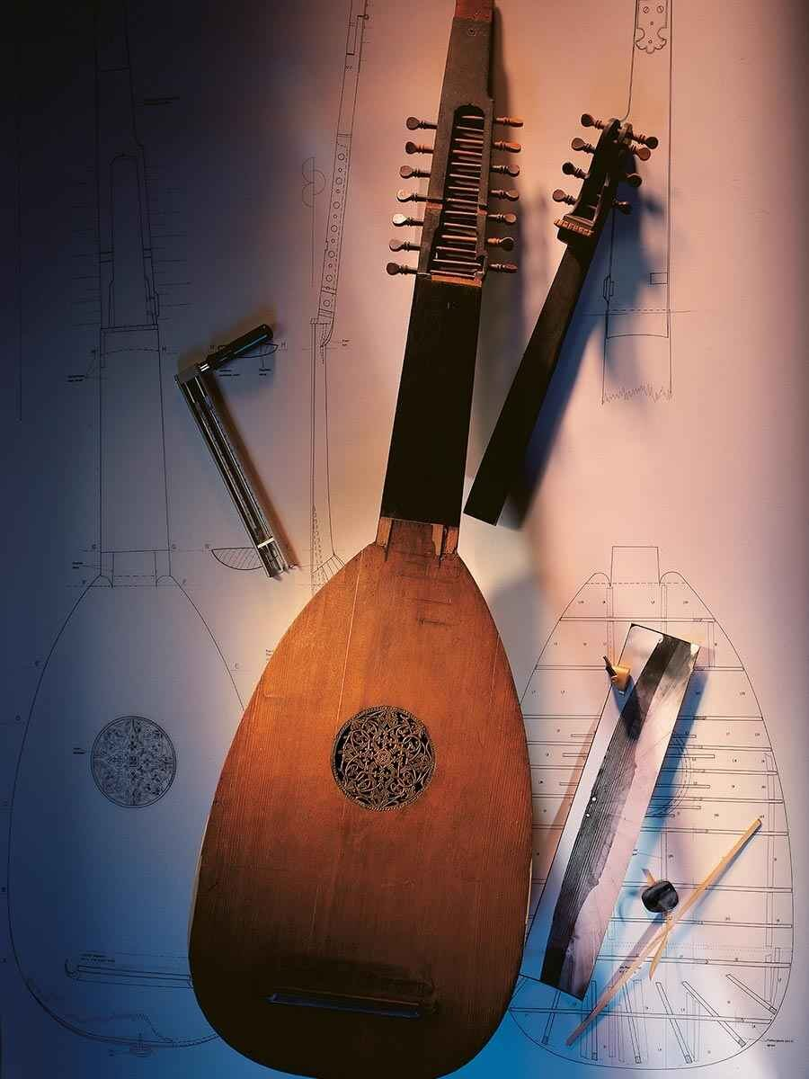 A Theorbo by Sebastian Schelle for The Germanic National Museum